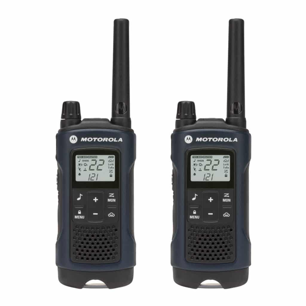 Choosing The Best Walkie Talkie For Hunting - RangetoReel